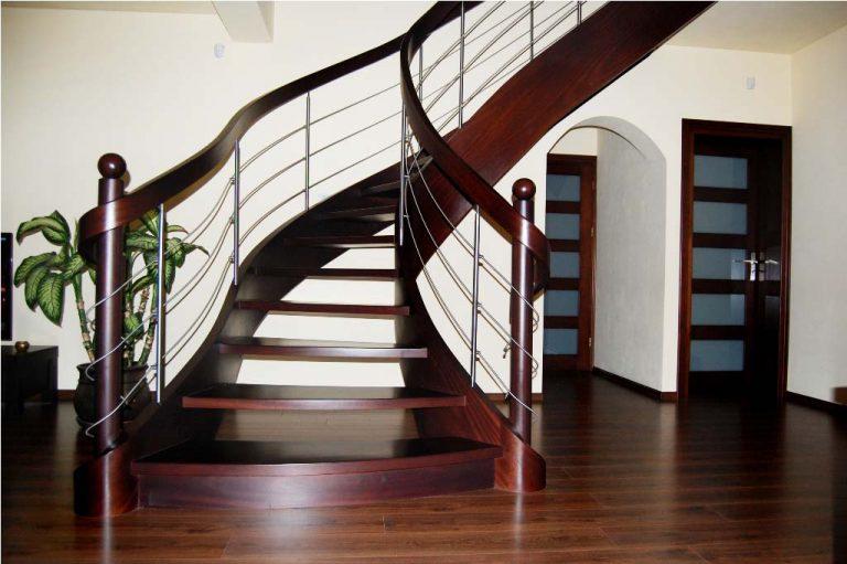 Dlaczego schody dywanowe są coraz bardziej popularne?